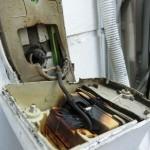 看板の電気系統の補修