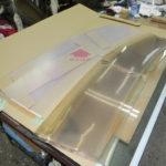 クルーザー用の窓:アクリル板からポリカーボネート板へ