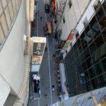 新宿区新宿:居酒屋さんの看板の原状復旧作業